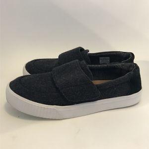 TOMS Women's 7.5 Gray Slip-On Shoes Wool Velcro